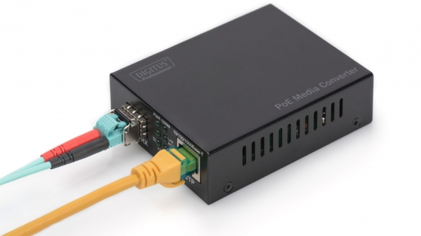Power over Ethernet (PoE) Media Converter คืออะไร ใช้งานอย่างไร